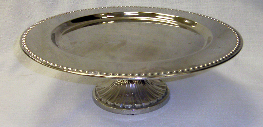 14 round silver plateau cake stand