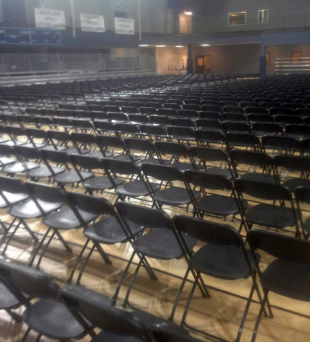 1,650 Standard Black Plastic Folding Chair Setup For The William Penn  University 2014 Graduation.