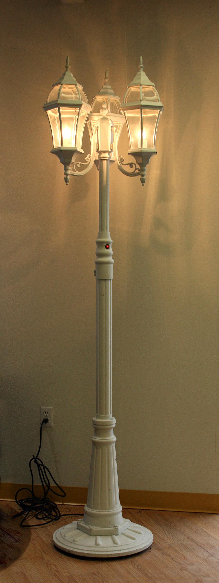 Front Of White Three Globe Lamp Post Lighting