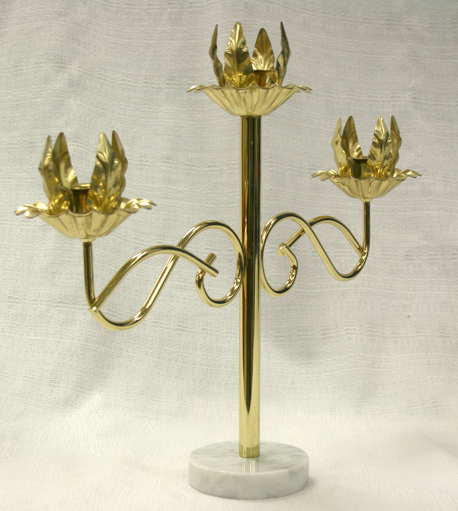 Gold centerpiece tiered wedding candelabra rental iowa