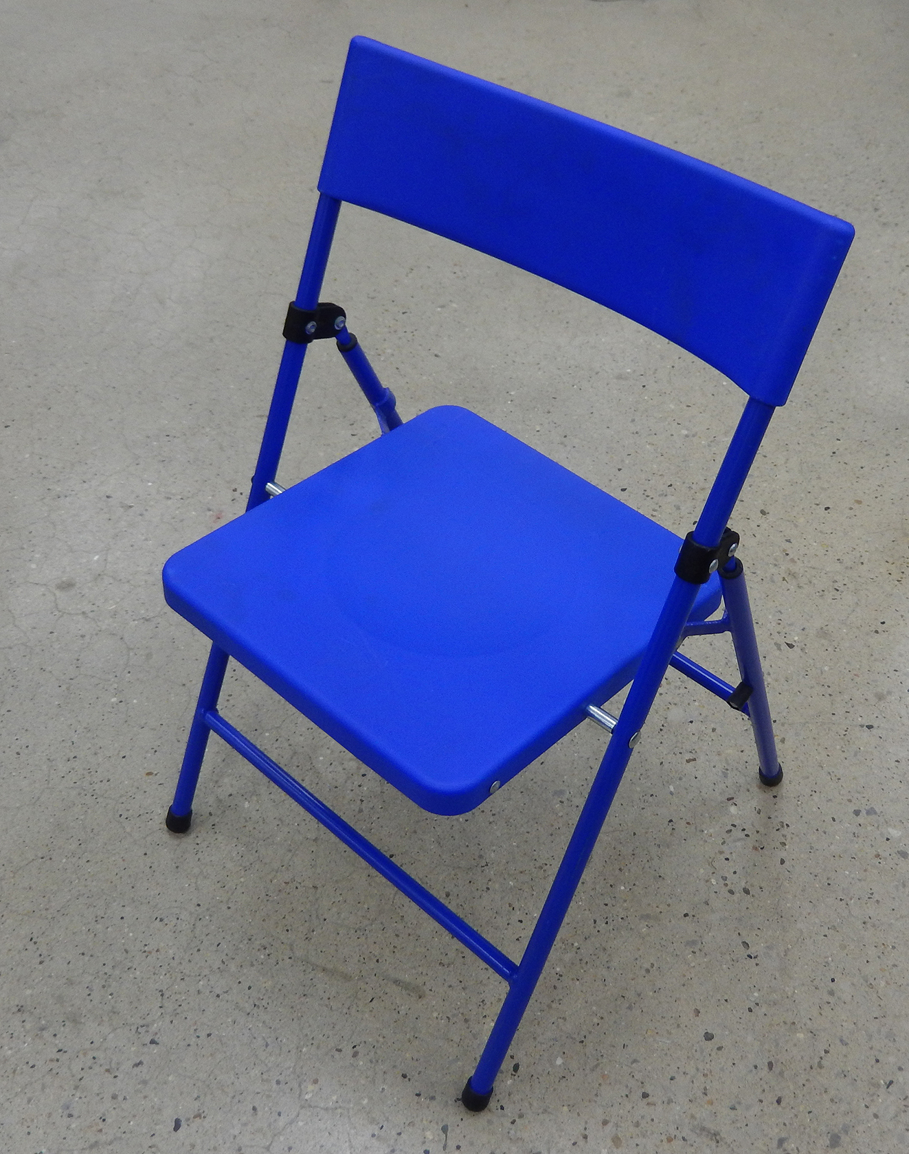 Blue Childrenu0027s Folding Chair