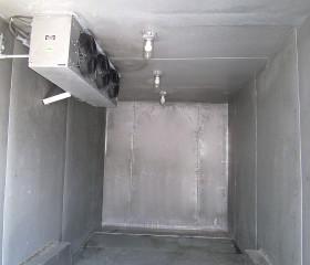 Inside trailerable walk-in freezer storage area