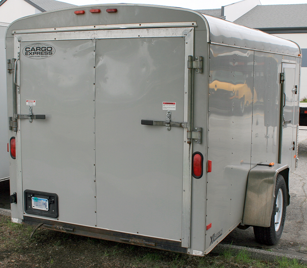 Utility Access Doors : Roundtrip enclosed cargo trailer rental ic cr iowa