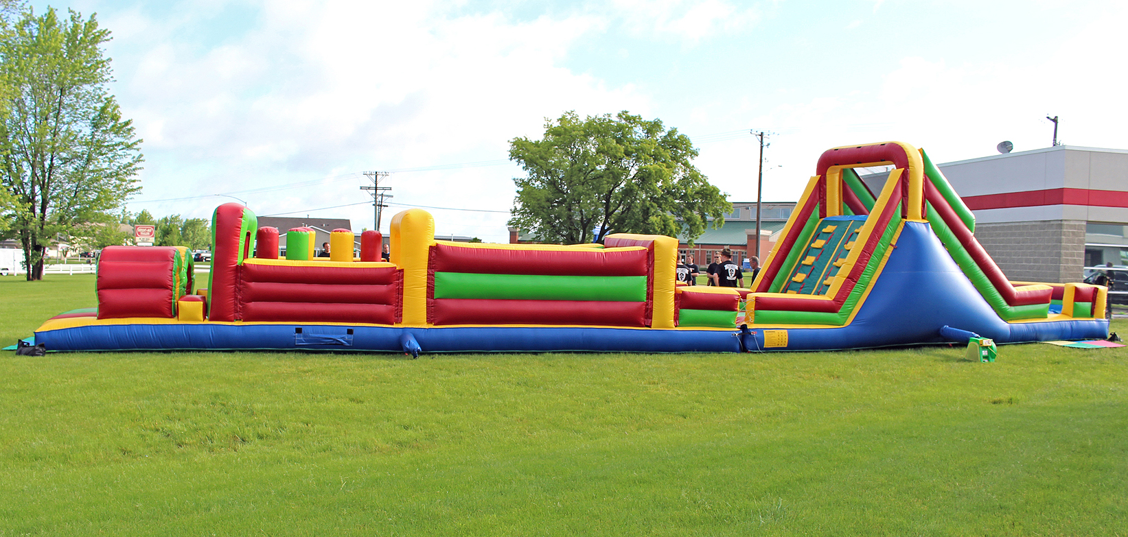Side View Inflatable Obstacle Course Challenge Topper