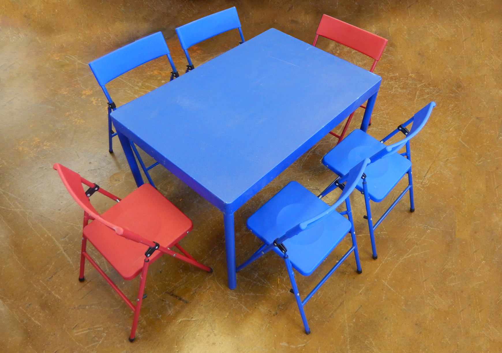 Children s Table and Chair Rental Iowa City Cedar Rapids IA