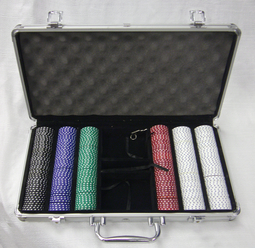 Small Poker Chip Set for rent