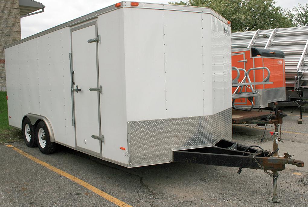 8 X 18 Tandem Axle Enclosed Cargo Utility Trailer Rental