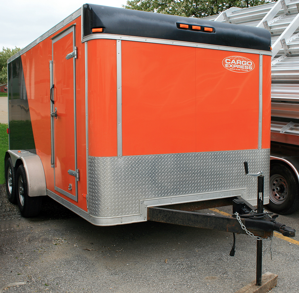 7 X14 Enclosed Utility Amp Motorcycle Trailer Rental Iowa City