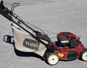 22″ toro recycler lawn mower rental