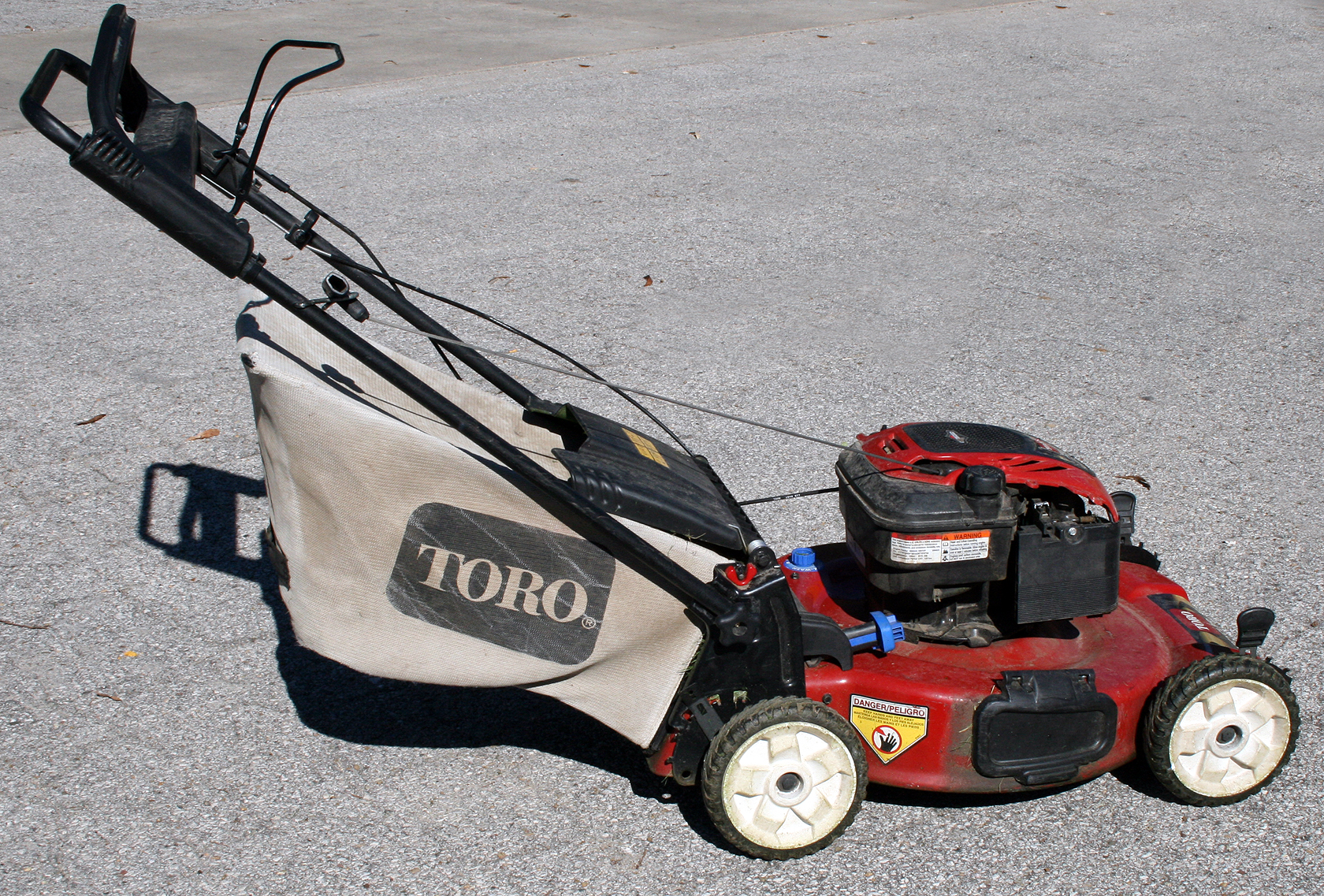 22 Toro Recycler Lawn Mower Rental