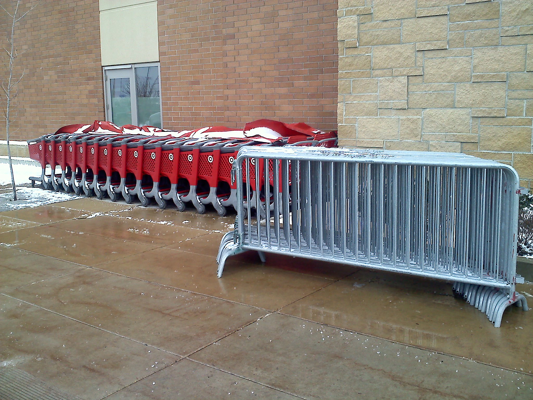barricade crowd control rental and delivery for Black Friday at Target #822931
