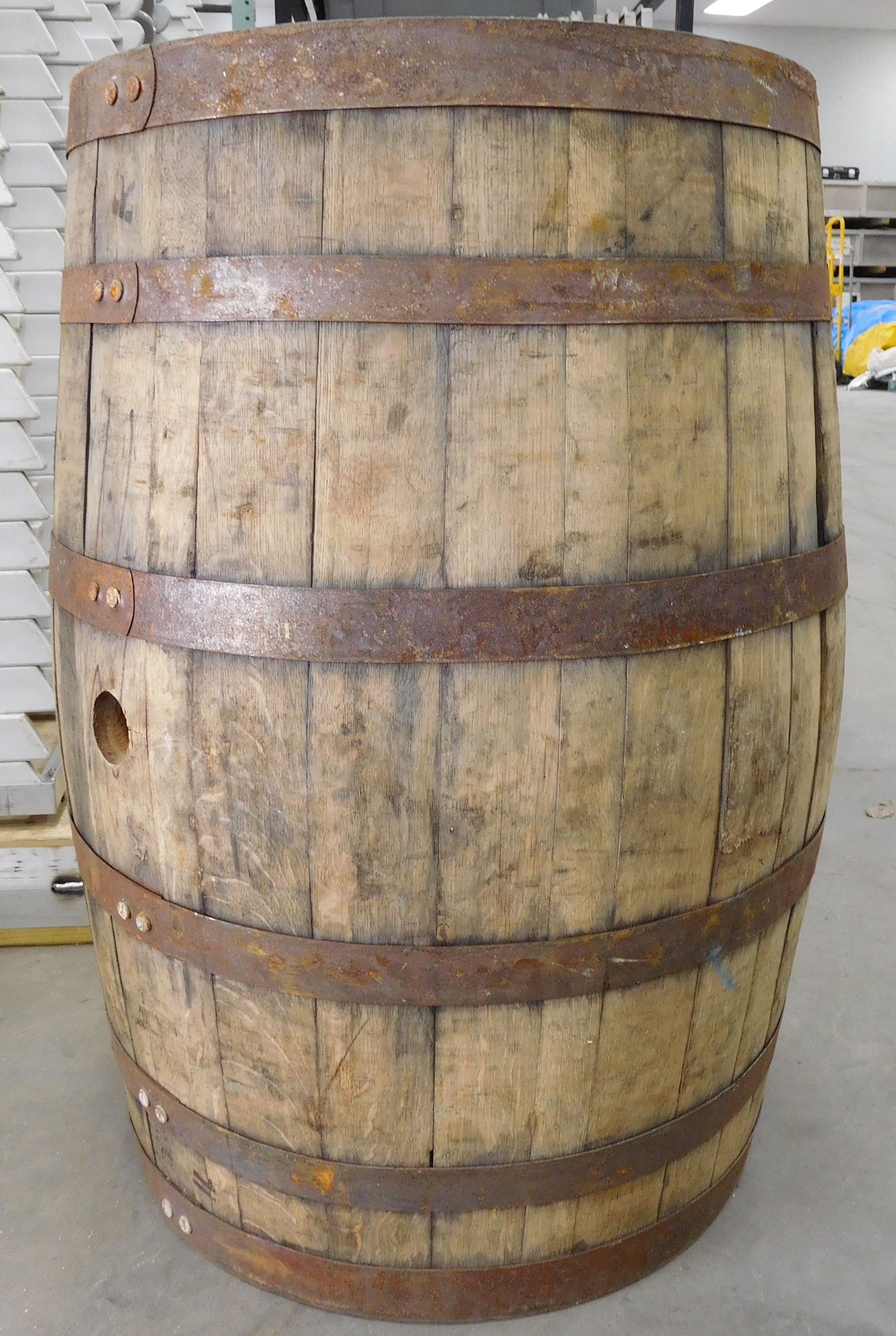 Rent Vintage Wine Amp Whisky Barrels For Wedding Decor Iowa Il