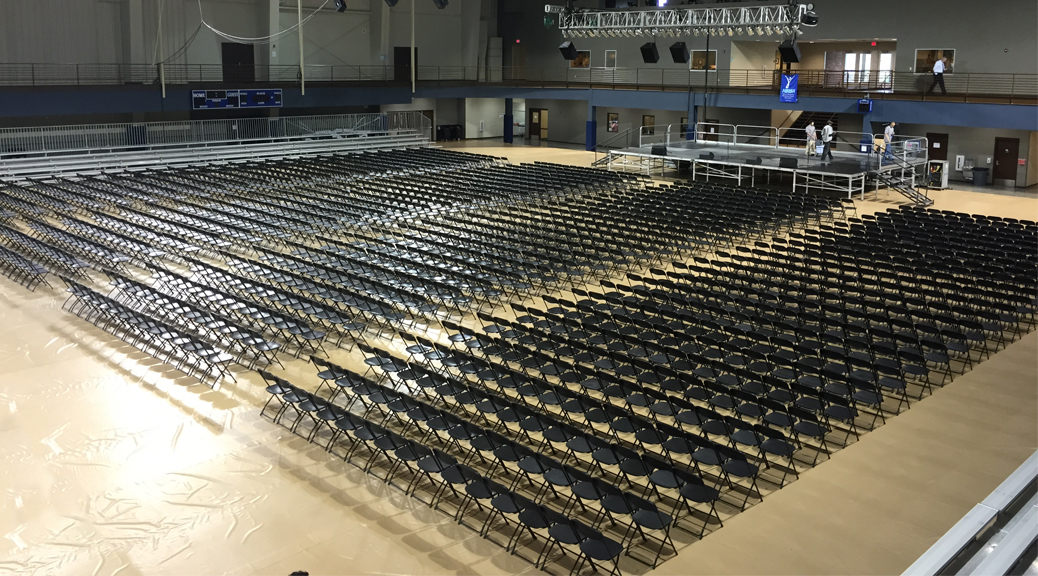 2015 College graduation ceremony event set-up William Penn University
