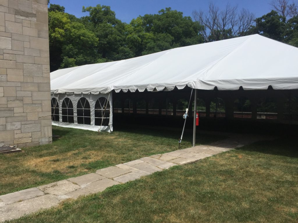 30' x 90' frame wedding in Des Moines, Iowa