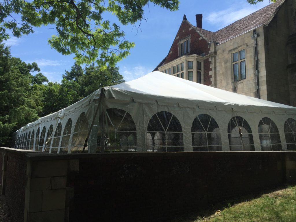 Corner of 30' x 90' frame wedding in Des Moines, Iowa
