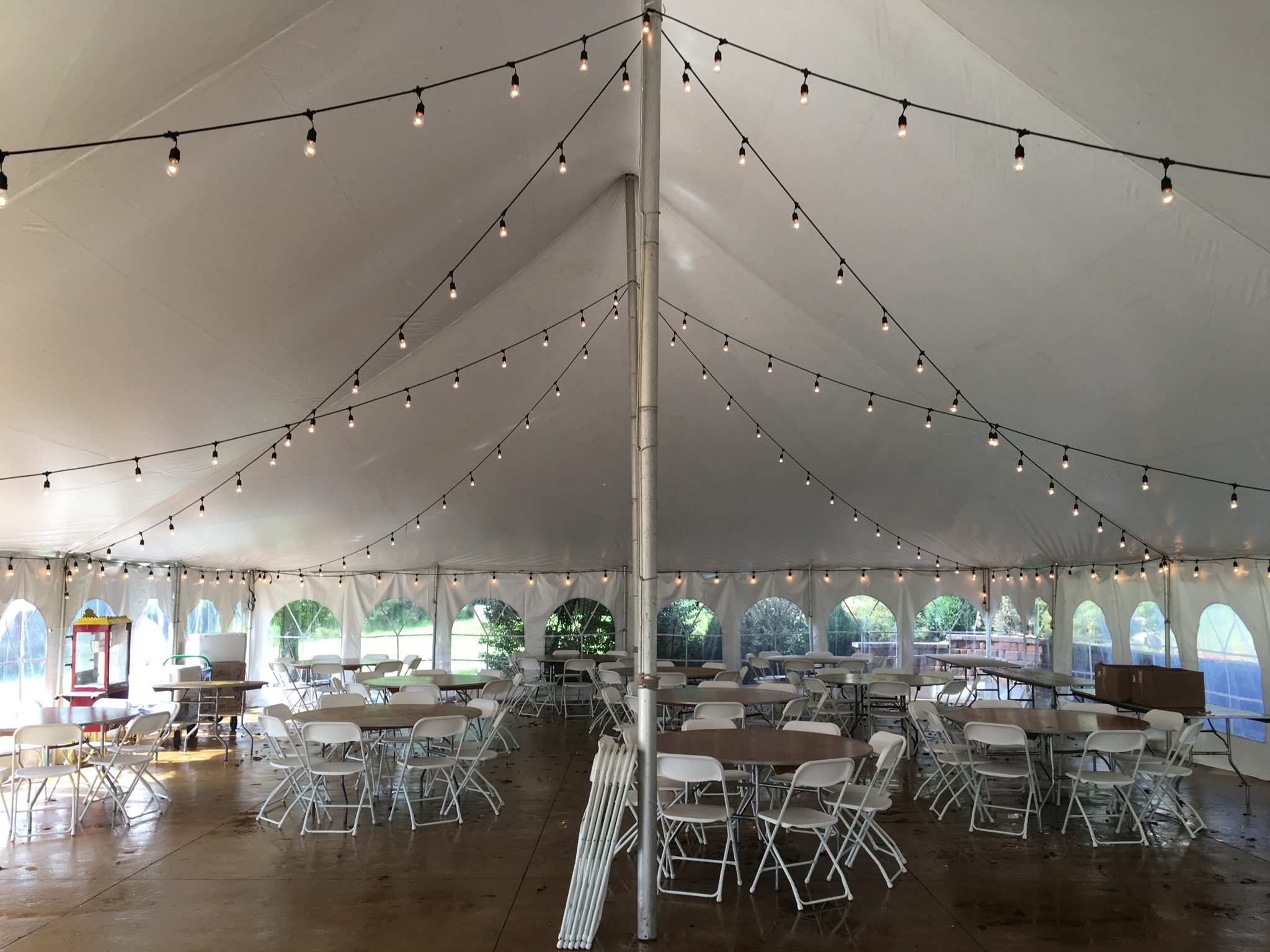 40 39 x 60 39 rope and pole tent with cafe lights tables for Wedding tent layout tool