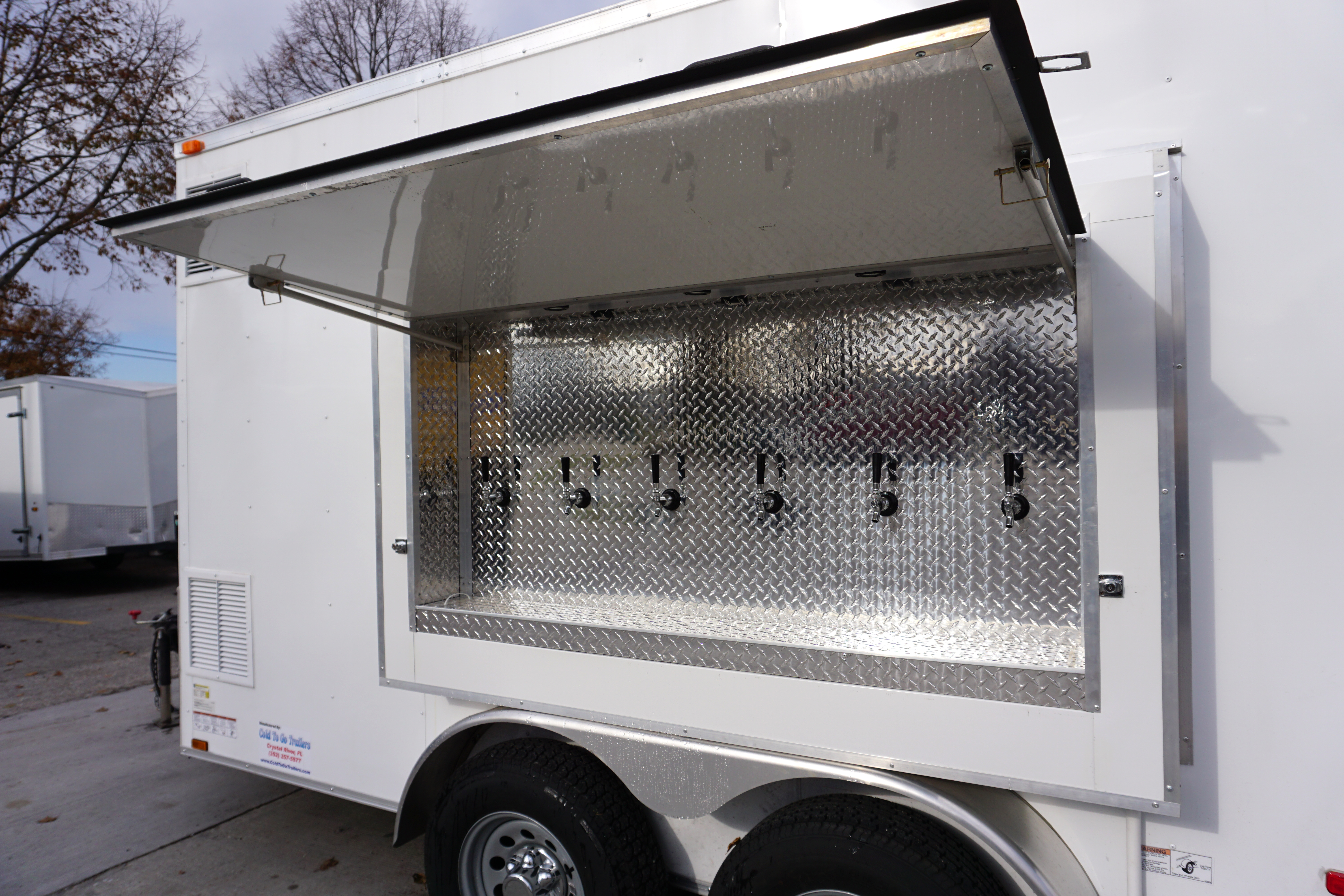 6 Tap 30 Keg Refrigerated Draft Beer Concession Trailer For Rent