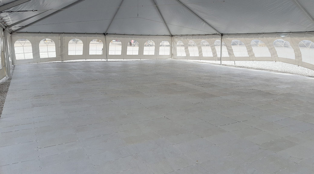 2 400 Sq Ft Of Sub Floor Under 40 39 X 60 39 Tent Iowa City