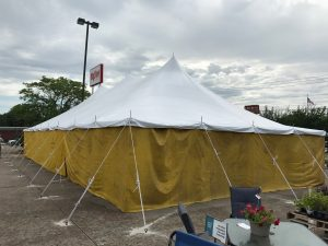 30' x 60' rope and pole tent at Hy-Vee 1823 E Kimberly Rd in Davenport, Iowa with Yellow side walls